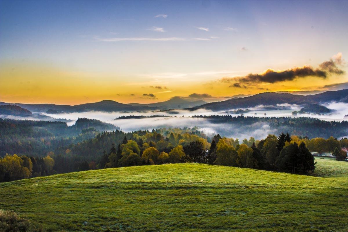 Fotografování krajiny - příroda v Českosaském Švýcarsku východ slunce